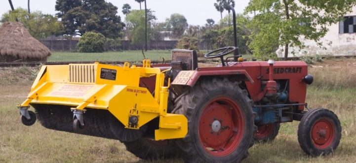 RS-1-721x331 Road Sweeper